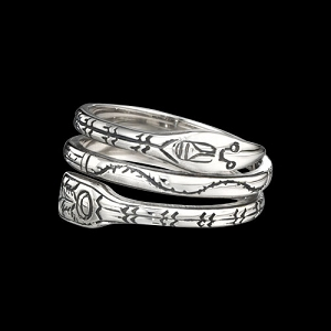 Narrow Raven Ring