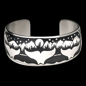 AK Whale Night Bracelet